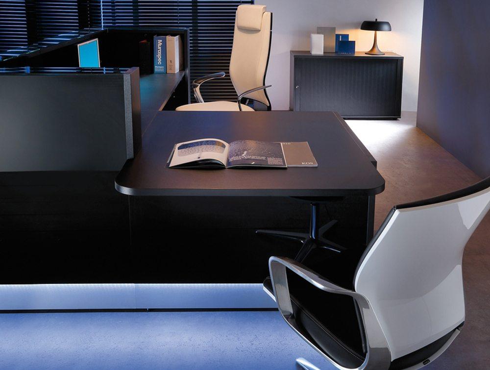 Linea Glass Reception Counter