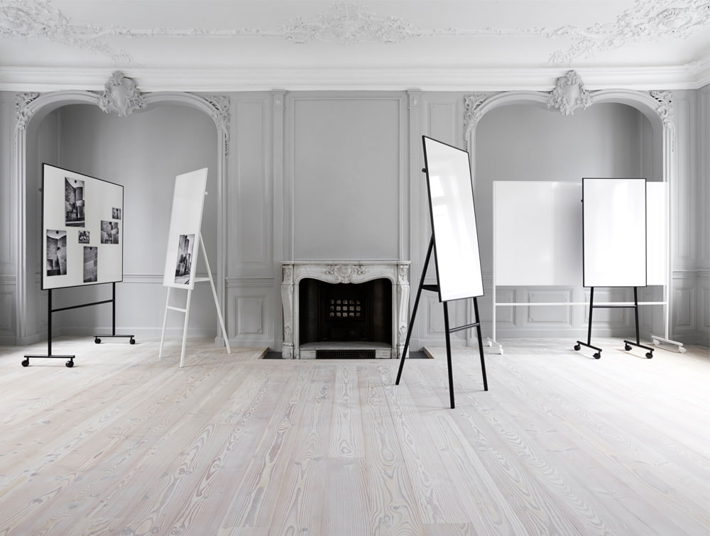 Lintex ONE Classic 3-Legged Flip Chart Easel with Mobile Whiteboard in White and Black Colour Finishes