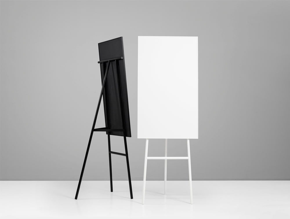Lintex ONE Classic Flipart Chart Stand in Black and White Colour Finish