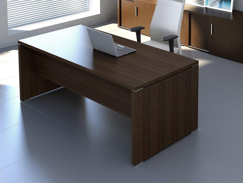 O Quando executive desk