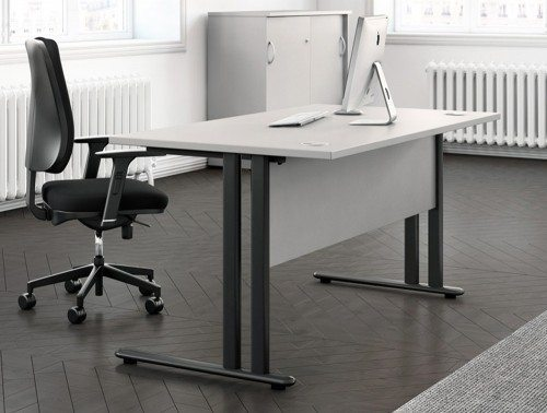 Buronomic C1 single straight desk with modesty panel