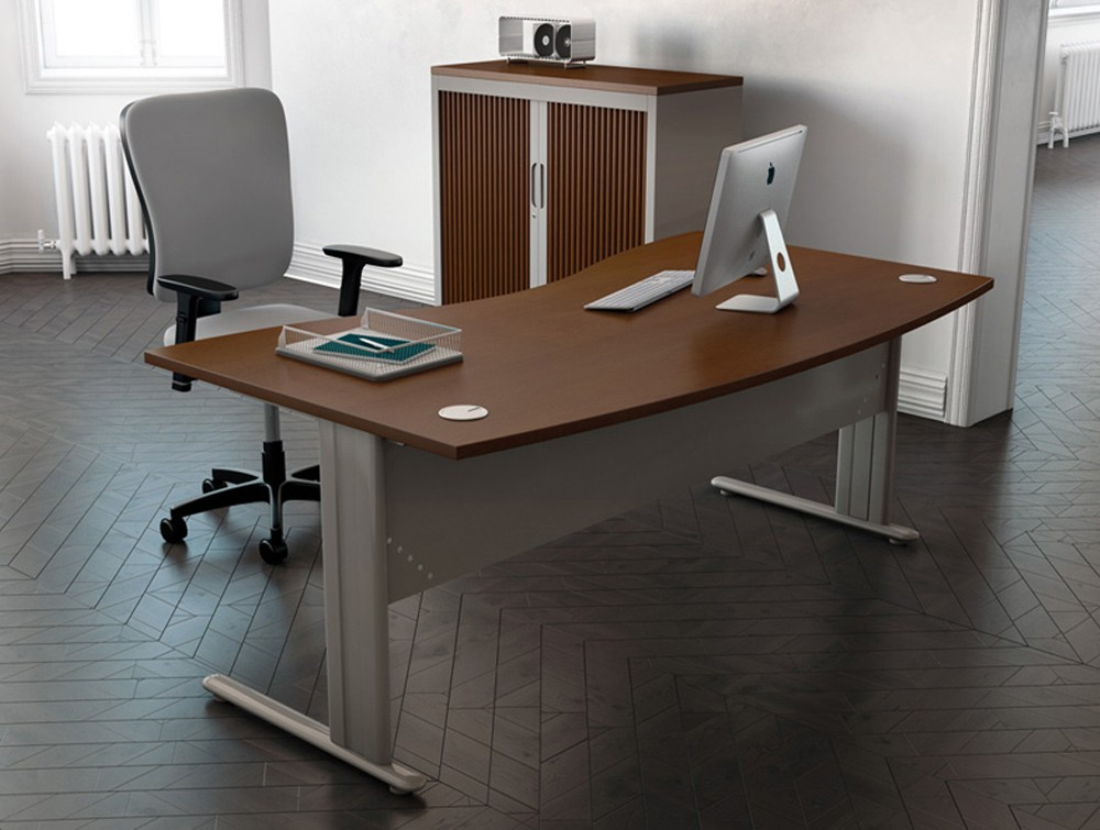 Buronomic C1 double wave desk with metal modesty panel
