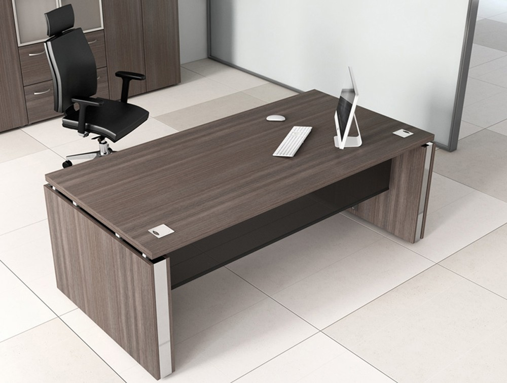 Buronomic executive desk with mesh modesty panel