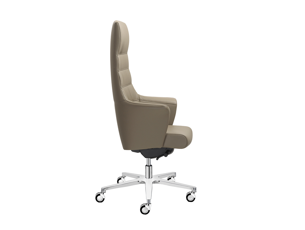 Of Course Executive Office Chair 3.jpg