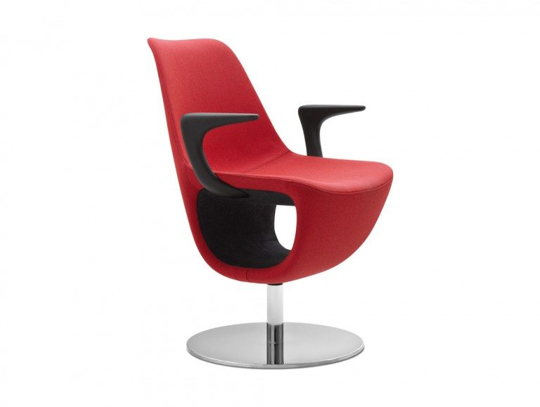 Profim Pelikan Armchair with Shelf