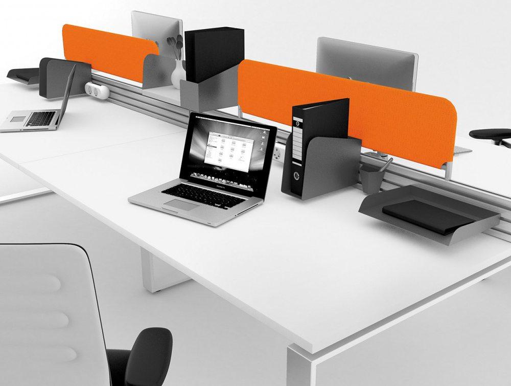 Podium Mesh Screen in Orange