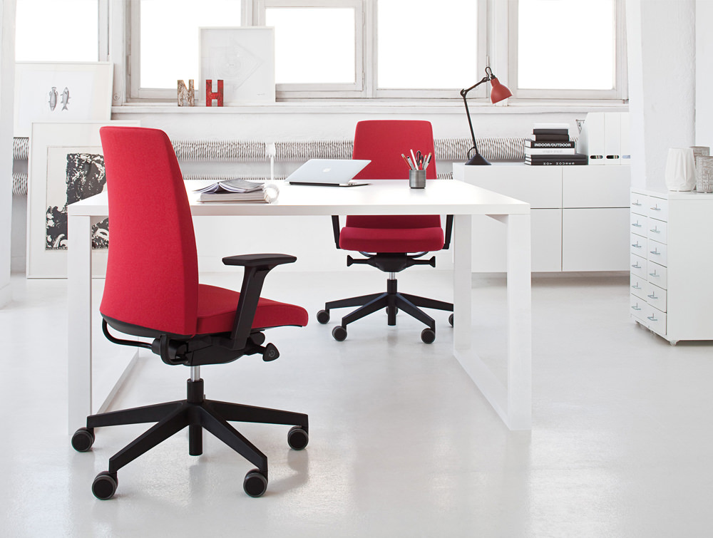 Profim Motto Swivel Office Chair with Black Frame Armrest and Red Upholstered Seat and Back White Office Furniture Table Storage