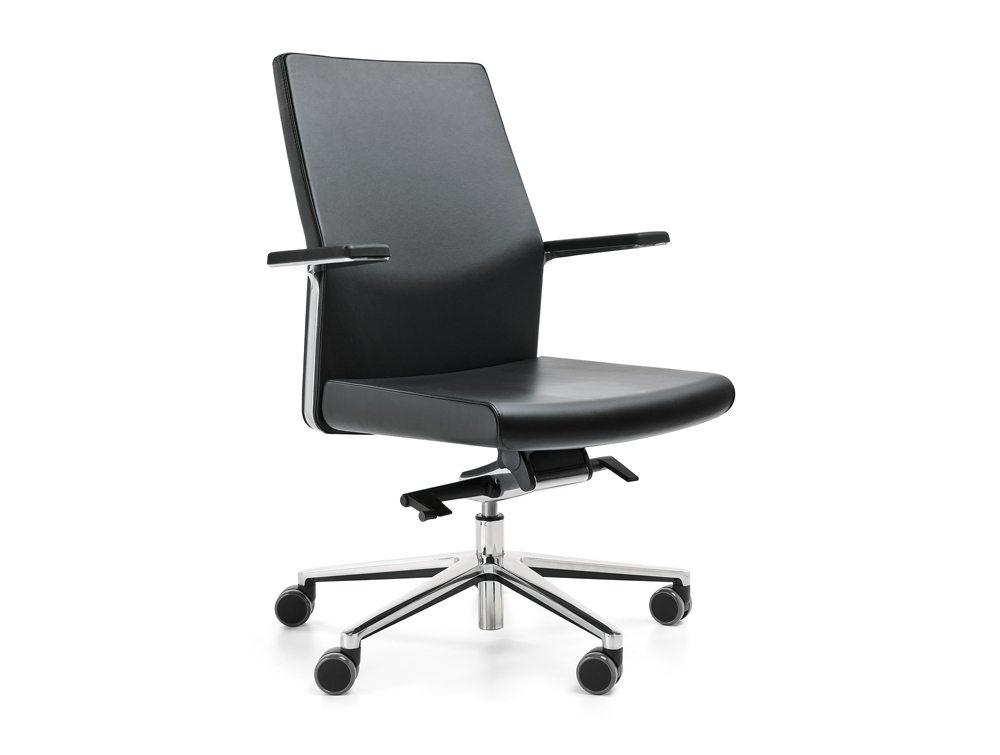 Profim MyTurn Executive Chair Medium Back