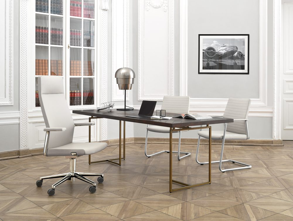 Profim MyTurn Executive Chair in White