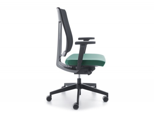 Profim Xenon Net Ergonomic Chair in Mesh