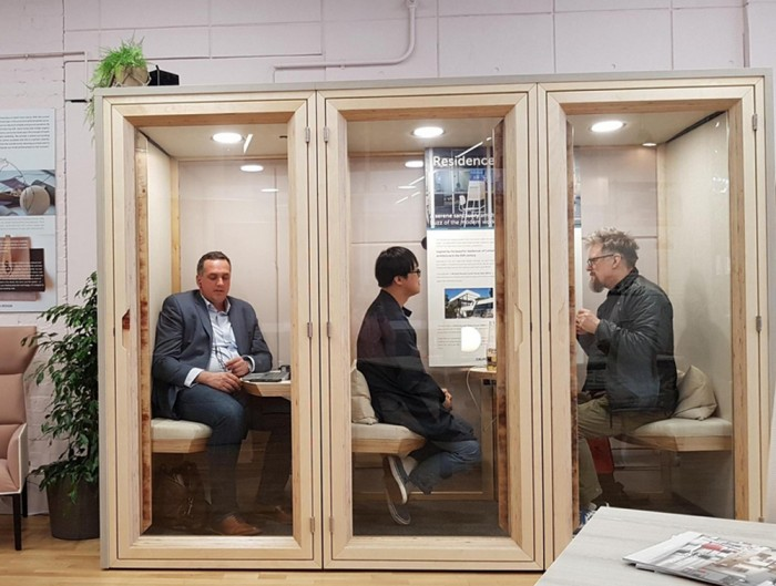 Reseidence-Work-Wooden-Box-Soundproof-Phone-Booth-or-Meeting-Pod-with-Seat