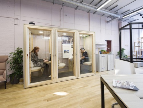 Residence-Work-Wooden-Box-Acoustic-for-Open-Office-Plan-Individual-and-Meeting-Pod