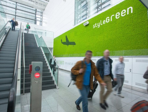 StyleGreen-Preserved-Reindeer-Moss-Green-Wall-in-Munich-Airport