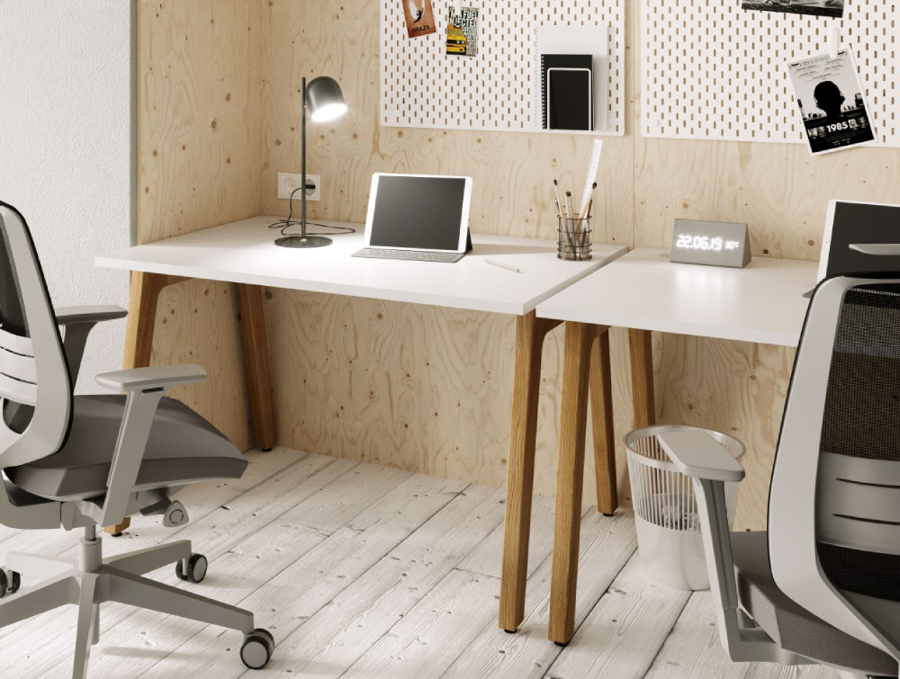 Switch Single Desks and Grey Task Chairs
