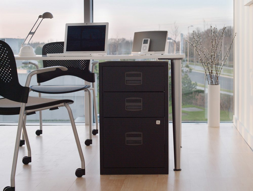 Trexus by Bisley SoHo Filing Cabinet Steel Lockable 3-Drawer A4 Front Angle