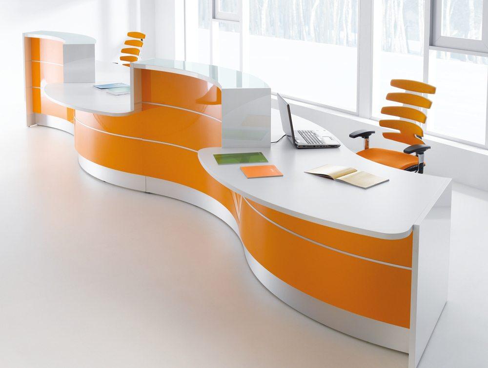 Valde curved circular reception desk in orange