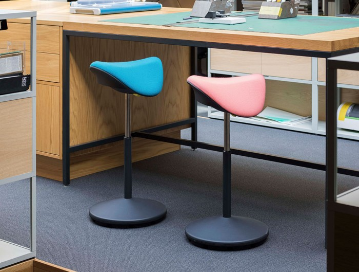 Varier-Motion-Sit-Stand-Stool-with-Blue-and-Pink-Seats