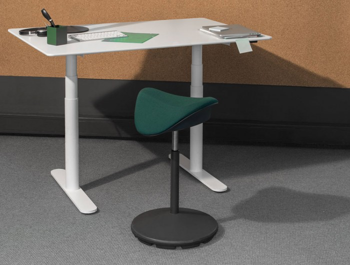 Varier-Motion-Sit-Stand-Stool-with-Green-Seat