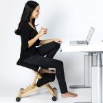 Varier Multi Balans Kneeling Chair with a user