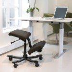 Varier Wing Balans Kneeling Chair in an Office
