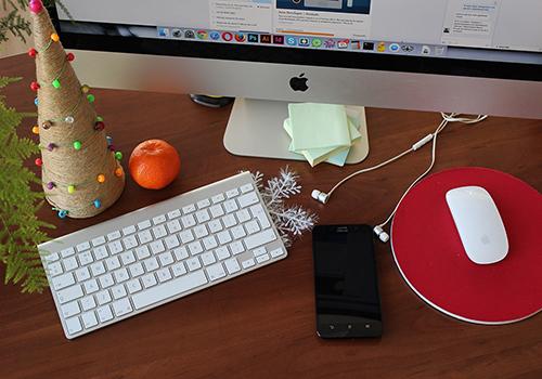 Christmas_desk.jpg