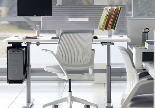 Stylish-and-Modern-Office-with-CPU-Holder-1
