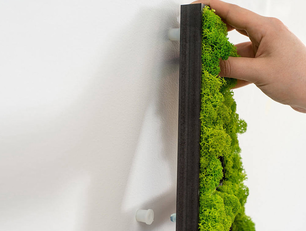 styleGreen-Pictogram-Application-Single-Letter-Sign-Wall-Installation